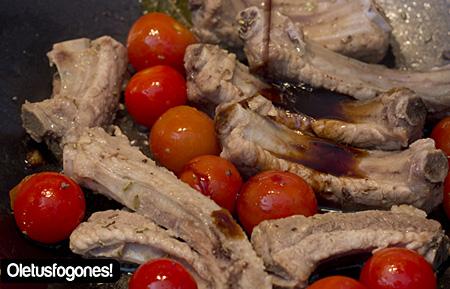 wok-costillas-champinones-como6