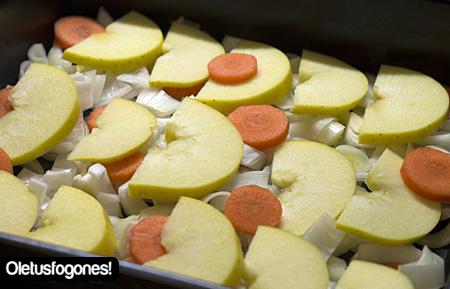 Pechugas al horno en salsa de manzana