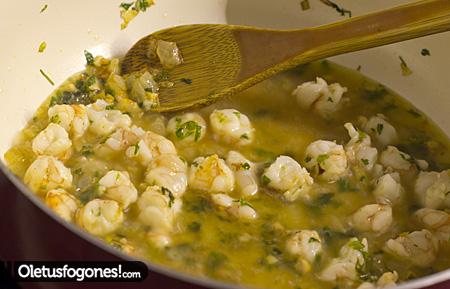 Alcachofas rebozadas en salsa
