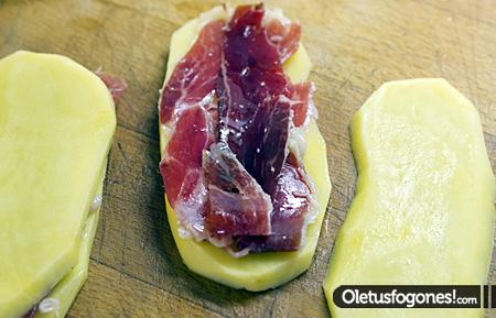 Patatas rellenas de jamón ibérico de bellota