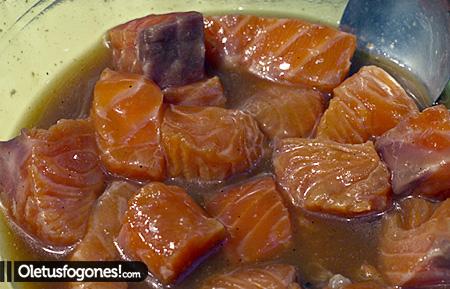 brochetas-salmon-pina-como1